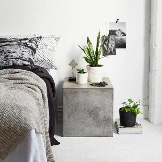tolles modell - beton tisch neben dem bett im schlafzimmer - klassische bett designs schlafzimmer