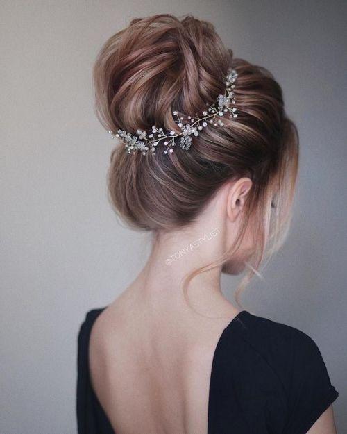 13+ Coiffure chignon cheveux mi long inspiration