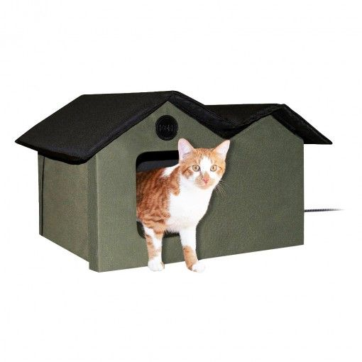 Heated Outdoor Cat House Made Of Polyester In 2020 Outdoor Cat House Heated Outdoor Cat House Outdoor Cat Shelter