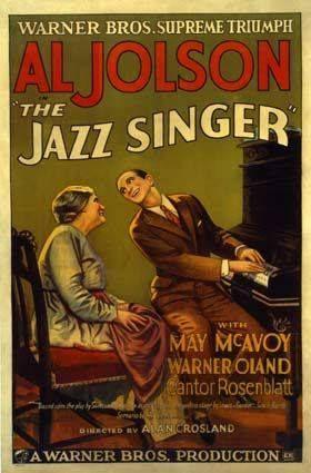 Momentos que han dejado marca: El cine rompe a hablar en 1927. El cantor de jazz, Al Jolson, el actor principal, interpreta el primer largometraje con diálogos sonoros.