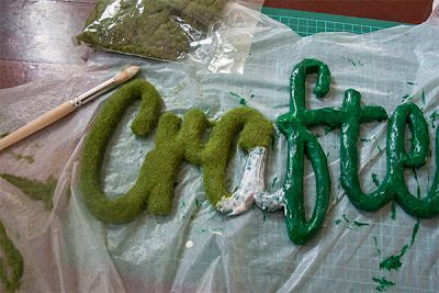 DIY: How to make a faux moss word |