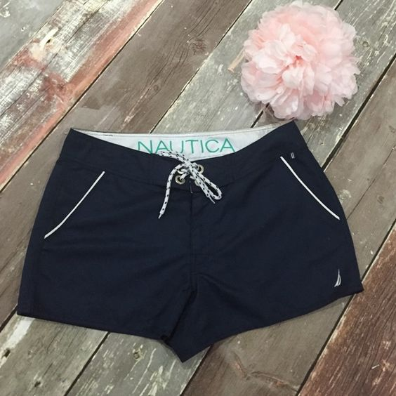 Nautica Board Shorts EUC Nautica board shorts. Perfect for to and from the beach. Navy blue. Size medium. Nautica Shorts