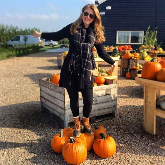 Bean Boots and pumpkins #fall #fashion #LLBean #boots: