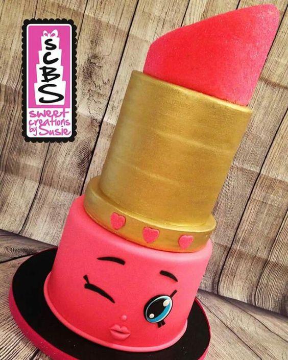 Lipstick Cake: Shopkins Lippy Lip Cake