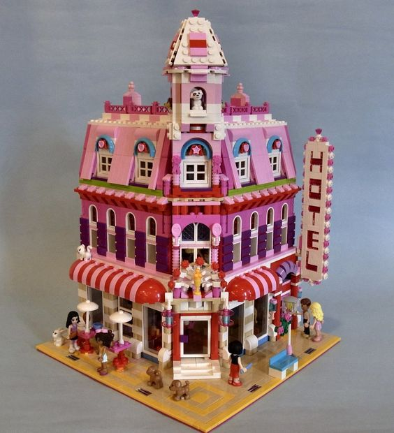 Lego Friends: Lovely Hotel, A Wonderful Cafe Corner (10182) Mod. Reminds me of cityville game