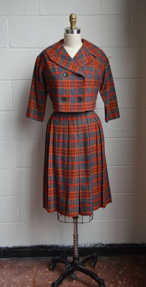 Vintage Womens Suit 1960s Plaid Wool Pleated Skirt by EadoVintage