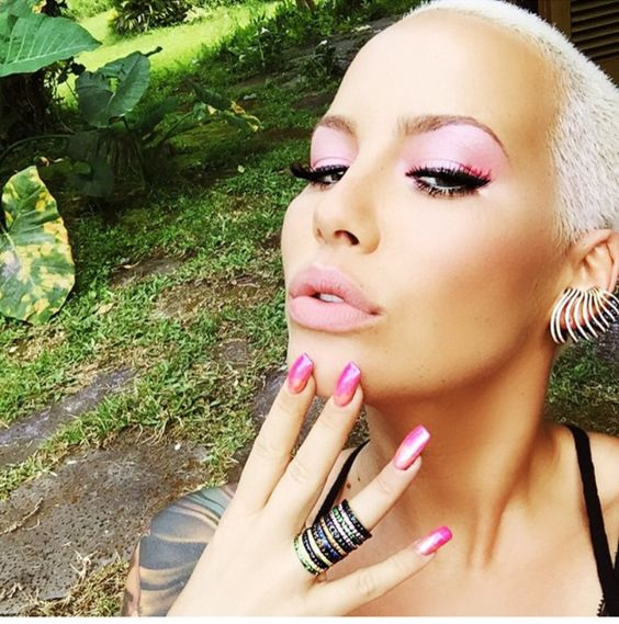 Amber Rose Pose Nude for Her New Book [Photos]