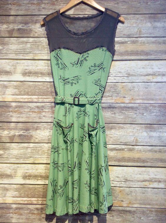 """Effie's Heart Vintage Dress"" #sweetheartcut #vintagefashion #farmerjohns #farmerjohnsboutique #theboutiqueatfarmerjohns #fashion"