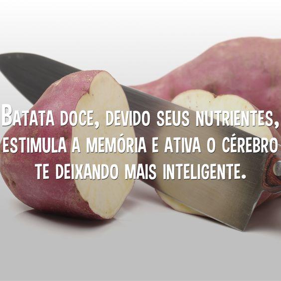 Devido ao beta-caroteno e os antioxidantes, juntos eles ativam e estimulam nosso cérebro, nos livrando dos radicais livres. E nossa memória pode ficar ativa e saudável por muito tempo. Acesse o link ao lado e conheça todos os 10 benefício da batata doce. >> http://bit.ly/1WY7OQw #batata #batatadoce #doce #memoria #memória #cerebro #cérebro #saúde #inteligente #inteligência