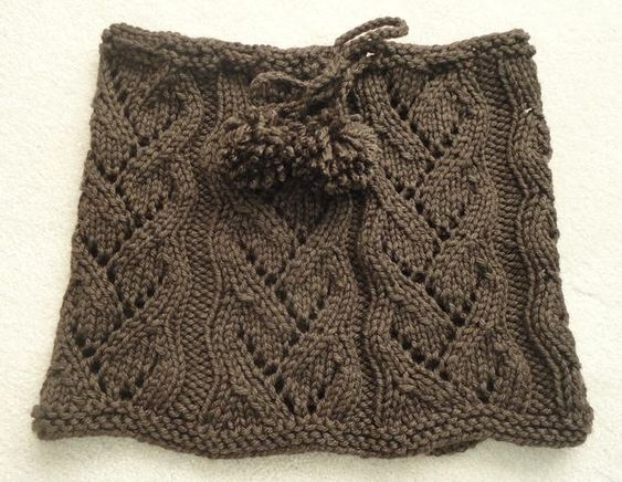 Drawstring Lace Cowl by SweaterBabe.