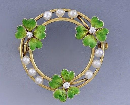 Art Nouveau gold, enamel, seed pearl, and diamond 4-leaf clover brooch: