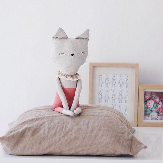 www.lelelerele.com/shop #softie cute kitty doll. Great photo pose.