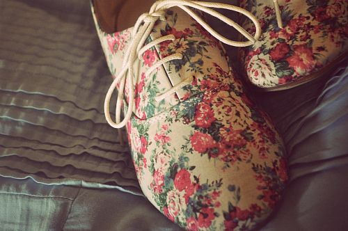 floral oxfords. ♥ ♥ ♥ ♥ ♥