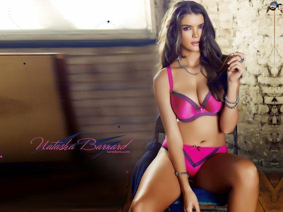 bellezas que enamoran con lenceria como la que trae Natasha barnard!!