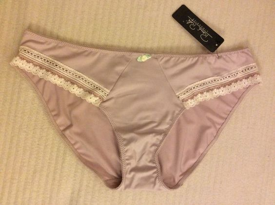 RENE ROFE Lingerie FASHION knickers Size 7/L BNWT RRP$10 Cream mix