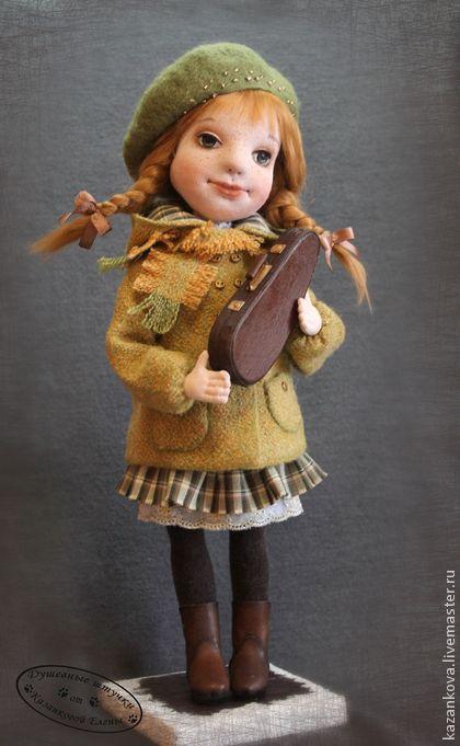 Аринка. Маленькая скрипачка.. Аринка в новом исполнении - девочка со скрипкой. Уж очень она 'тверчески-музыкально' выглядит в своём…
