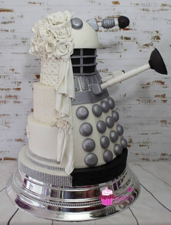 This Wedding Cake Is A Dalek In Disguise