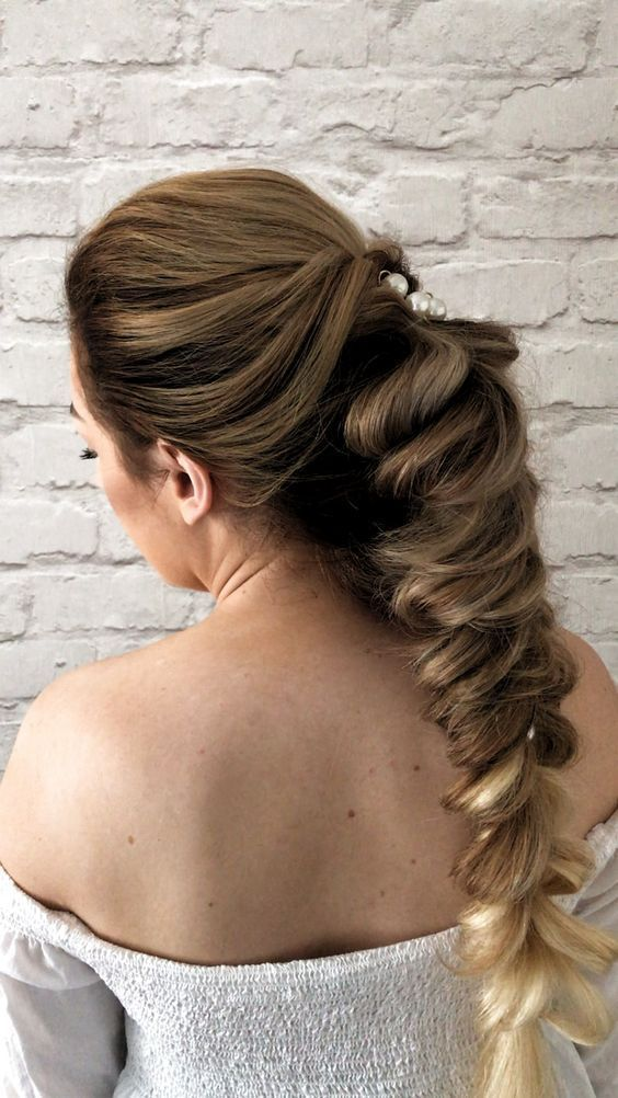 Hairstyle Ideas For Races Short Hairstyle Ideas Uk Hairstyle Ideas For Dance Competitions In 2020 Hair Styles Long Hair Video Wedding Hairstyles Videos