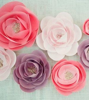 Saiba já passo a passo como fazer uma flor decorativa de papel