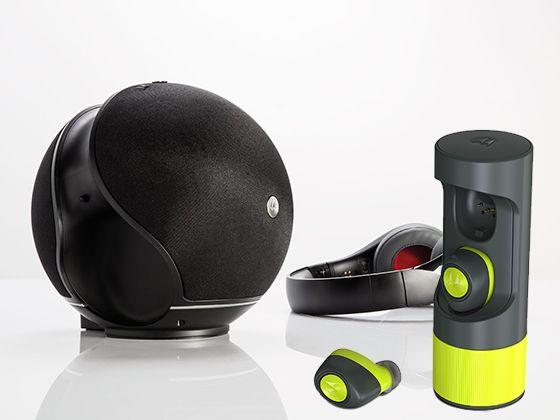 Win Motorola Verveones Me Wireless Earbuds Plus A Motorola Sphere 2 In 1 Bluetooth Speaker With Over Ear Headphones Wireless Earbuds Headphones Earbuds