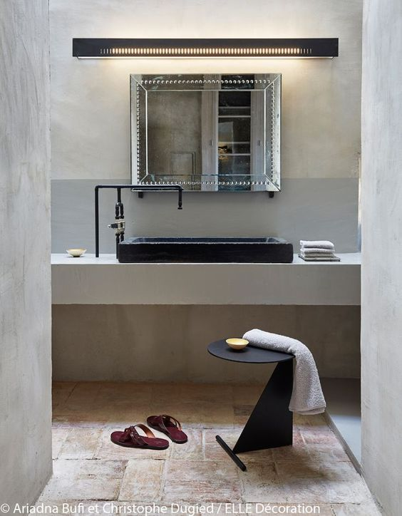 Modern yet rustic bathroom - yes please!