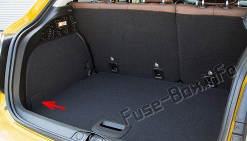 Fiat 500X (2014-2019...) < Fuse Box location | Fiat ... Nissan Juke Fuse Box Location on