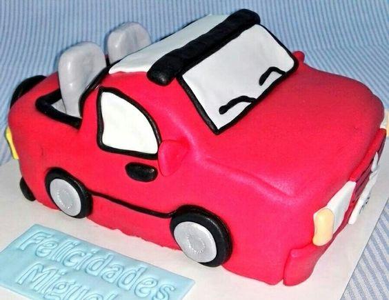 Parece que hoy hace bueno😀😀 cogeré hoy el coche tarta descapotable!! A disfrutar🎉🎉 www.tartasgourmet.com
