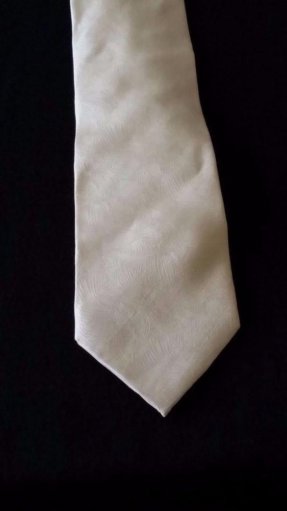 Daniel Elissa Men's Yellow geometric pattern Silk Tie, Classic lenght/width #DanielElissa #Tie