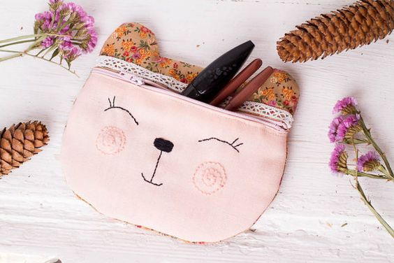Use this nice soft bear case as your cosmetic bag, makeup kit, gadget case or pencil bag. Or keep your secret stuff in this sweet bear bag ;)  It