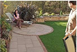 Resultado de imagen para pisos de ladrillos con adoquines for Pisos para patios interiores