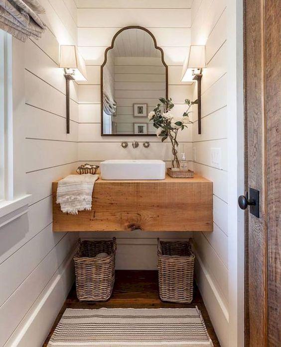 Rustic modern farmhouse bathroom with shiplap walls. Come check out Antique Vintage Style Bathroom Vanity Inspiration! #bathroomdesign #bathroomvanity #classicstyle #traditionaldecor #interiordesignideas
