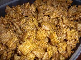 Amy's Goodies: Caramel Chex Mix