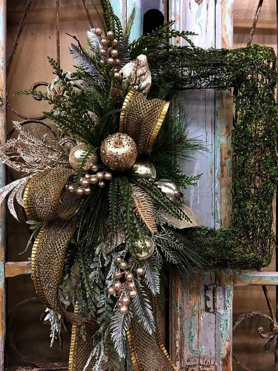 60 Diy Picture Frame Christmas Wreath Ideas That Totally Fits Your Budget Hike N Dip Christmas Wreaths Handmade Christmas Wreaths Christmas Swags