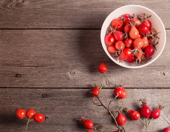 7 Rosehip Oil Benefits for Amazing Skin