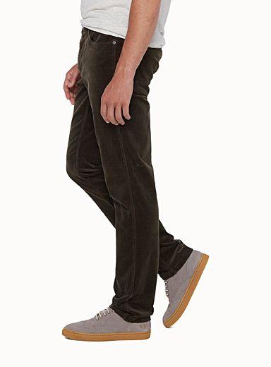 Le pantalon velours côtelé extensible Coupe étroite | Simons