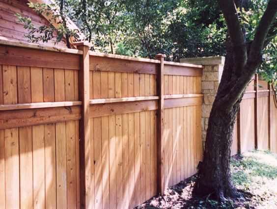 Low Wooden Fence Staxel: Fencing Types Available For Installation