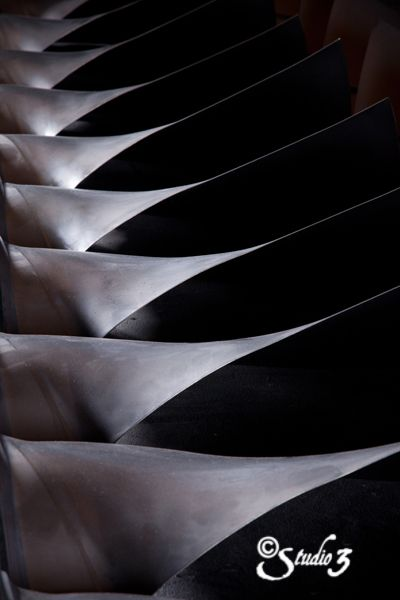 #AircraftEngine fins #AviationPhotography
