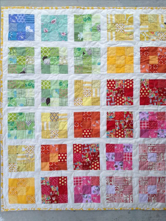 mini quilts using 2.5 inch squares | ... , using 2 inch white strips to separate the blocks (1.5 inch final: