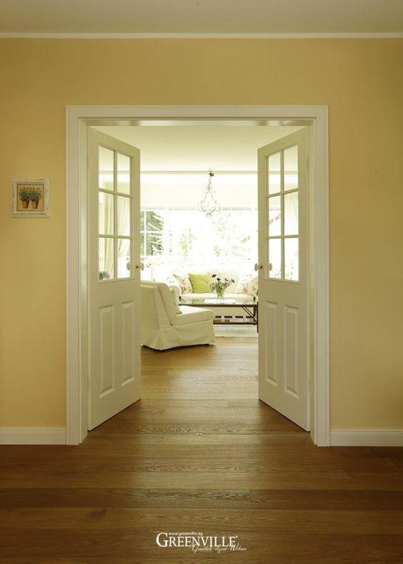 die doppelte fl gelt r ist im unteren bereich geschlossen so hat man trotz glas einen. Black Bedroom Furniture Sets. Home Design Ideas