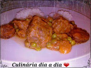 Culinária dia a dia: Carne estufada com ervilhas