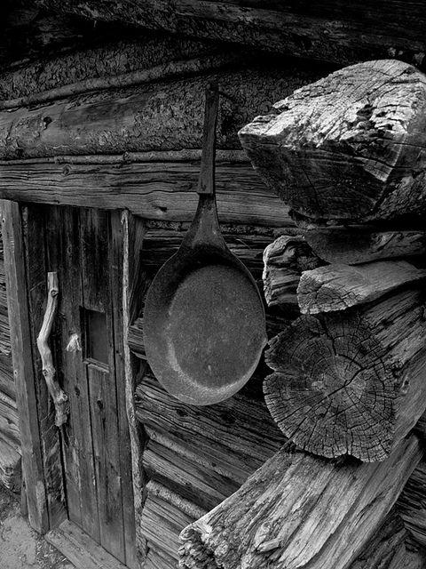 Cabin on the Chilkoot trail !!              (via TumbleOn)