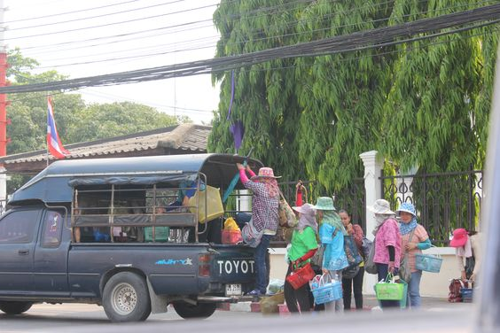 Getting Around Koh Samui is easy.  Roads are improving vehicle rental is available anywhere on the Island at reasonable rates. http://www.welovekohsamui.com/koh-samui-tourist-information/getting-around-koh-samui/
