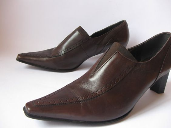 Vintage Womens Shoes Chocolate Brown Genuine by VintageSuggestion