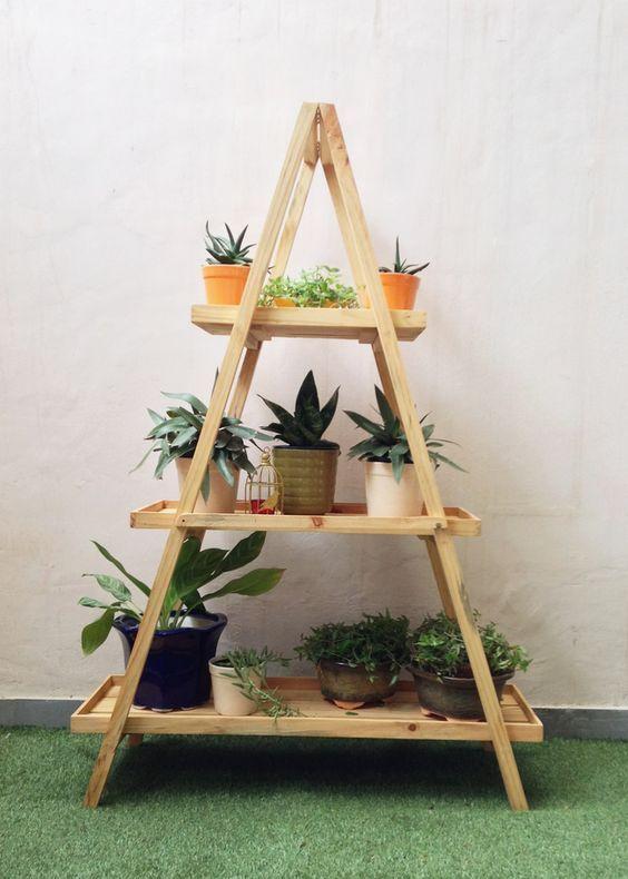 Diy Stojak Na Kwiaty 26 Swietnych Pomyslow Ktore Musicie Poznac Strona 2 Z 5 House Plants Decor Garden Shelves Plant Decor Indoor