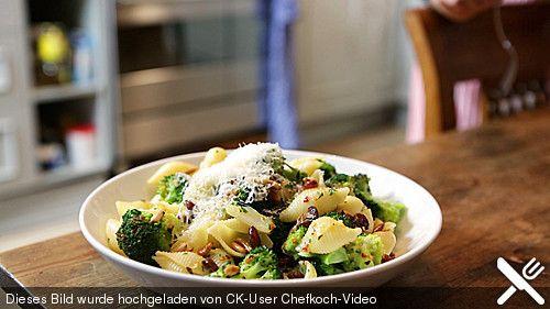Pasta mit Brokkoli, ein tolles Rezept aus der Kategorie Kochen. Bewertungen: 24. Durchschnitt: Ø 4,1.