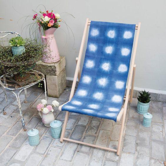 Réalisez une chaise longue déco avec la technique du Shibori