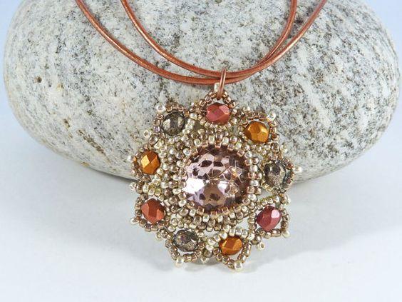 Pink & Silver Bead Flower Necklace  Vintage by BeauBellaJewellery #flower #jewellery #vintage