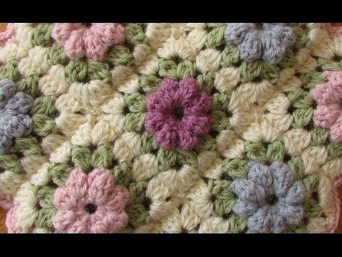 ▶ EASY crochet pretty puff stitch flower blanket - flower granny square tutorial - YouTube ✿⊱╮Teresa Restegui http://www.pinterest.com/teretegui/✿⊱╮