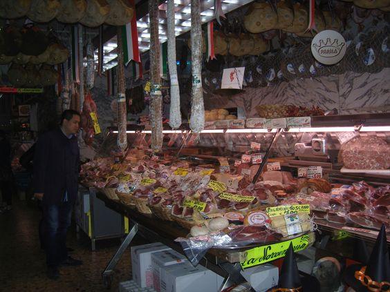 In Parma sorgte dieses Überangebot bei mir nicht für Abschreckung. Die Warenvielfalt zeugte von Kompetenz.
