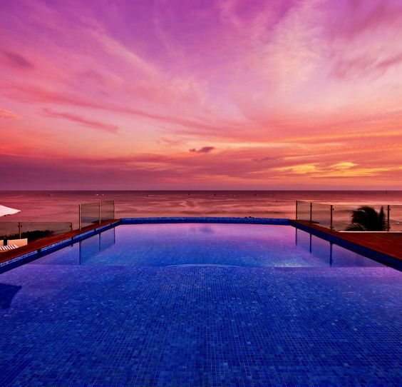 Rooftop pool with amazing sunset views: Mexico